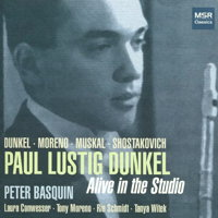 Alive in the Studio - Paul Lustig Dunkel. © 2016 Paul Lustig Dunkel (MS 1554)